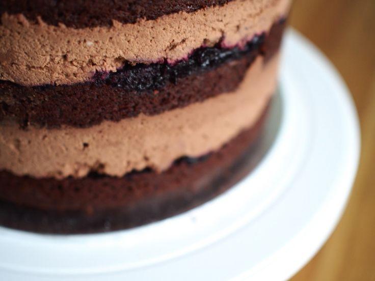 Täydellinen Suklaamousse (liivatteeton) on helpoin ja varmasti herkullisin suklaamousse, jonka olen valmistanut! Kokeile sinäkin!