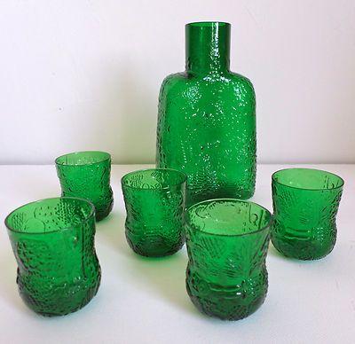 I love Oiva Toika's glass designs!