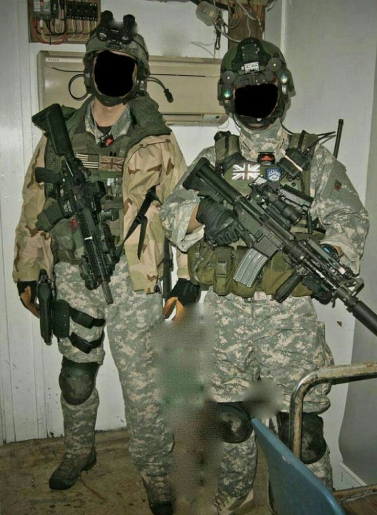 Based in the Baghdad area at MSS Fernandez, TF Black (which was supported by Parachute Regiment members of the Special Forces Support Group) was based around a squadron of the British army's 22 Special Air Service Regiment, with integrated units from the Special Boat Service, Special Reconnaissance Regiment, 18 (UKSF) Signal Regiment and Delta Force.