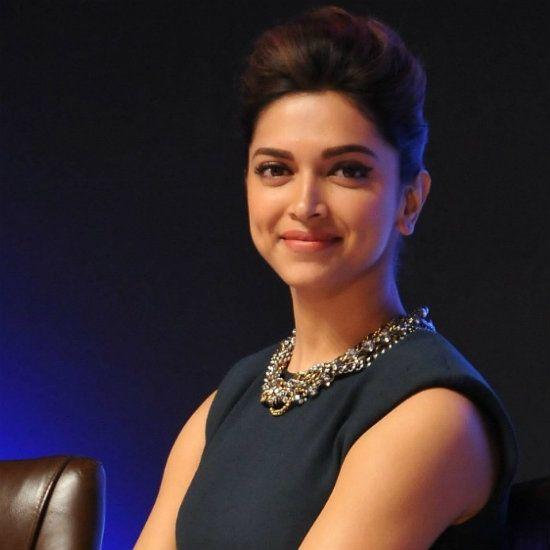 Why Deepika Padukone Is Tight-Lipped About Bhansali's Bajirao Mastani?