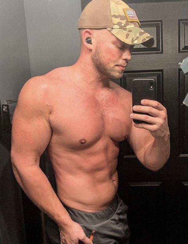 Marine Hunk