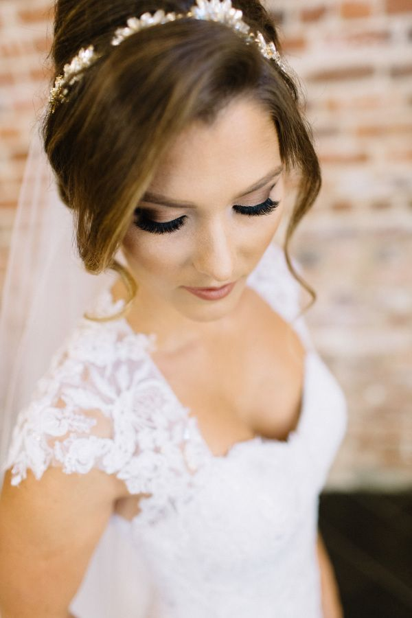 The prettiest smokey eye: http://www.stylemepretty.com/california-weddings/santa-ana/2015/10/09/elegant-traditional-wedding-at-the-estate-on-second/   Photography: Kristina Adams - http://www.kristinaadamsphotography.com/