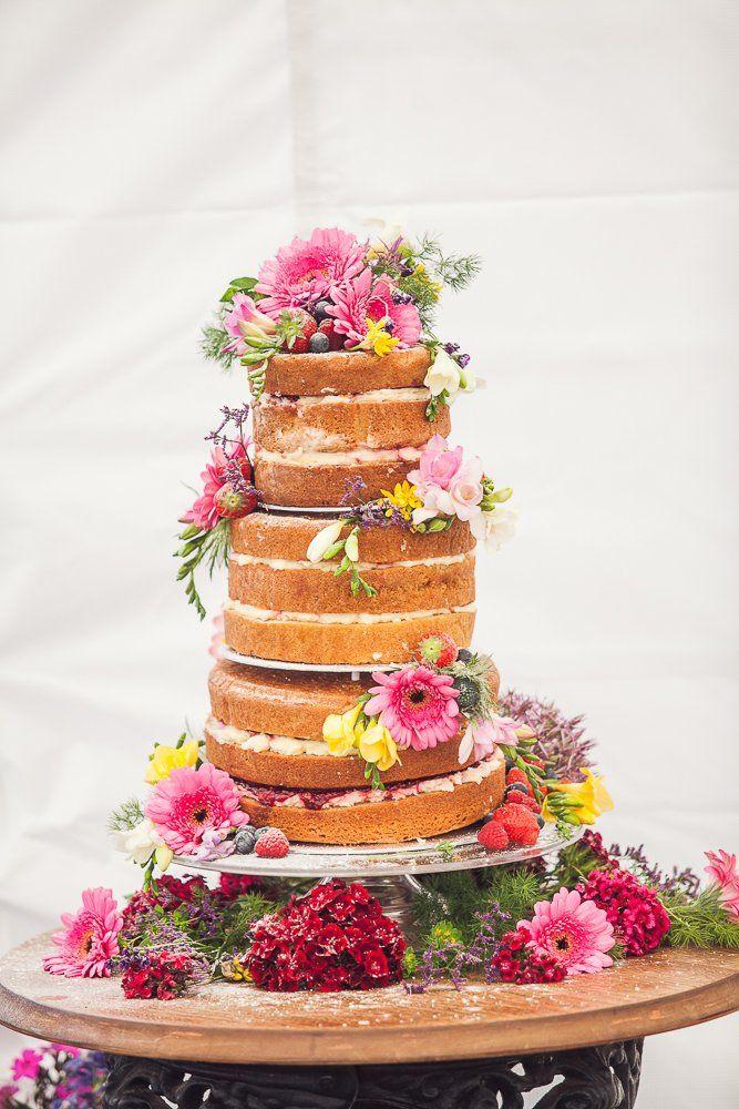 Traditionele bruidsstaart- yum!