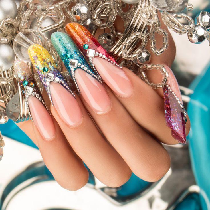 ¡Brillo y mucho color es lo que despierta tu pasión! BURLESQUE Andrés González / Pro Master Organic® Nails #TopCollection #ExpresaTuPasión