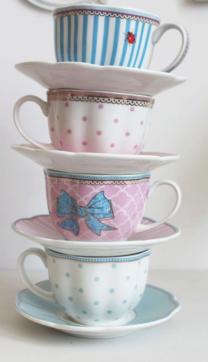 teatime.quenalbertini: Stack of beautiful teacups and saucers | Lisbeth Dahl