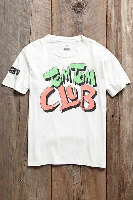 13 Vintage T-Shirts You Need In Your Closet #refinery29  http://www.refinery29.com/cool-vintage-t-shirts#slide8