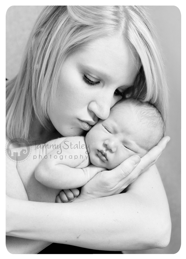 Beautiful black and white of mother and newborn