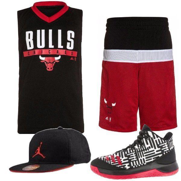 Outfit per i bambini appassionati di basket e soprattutto di Michael Jordan composto da completo dei Chicago Bulls, berretto con visiera e scarpe in tessuto.