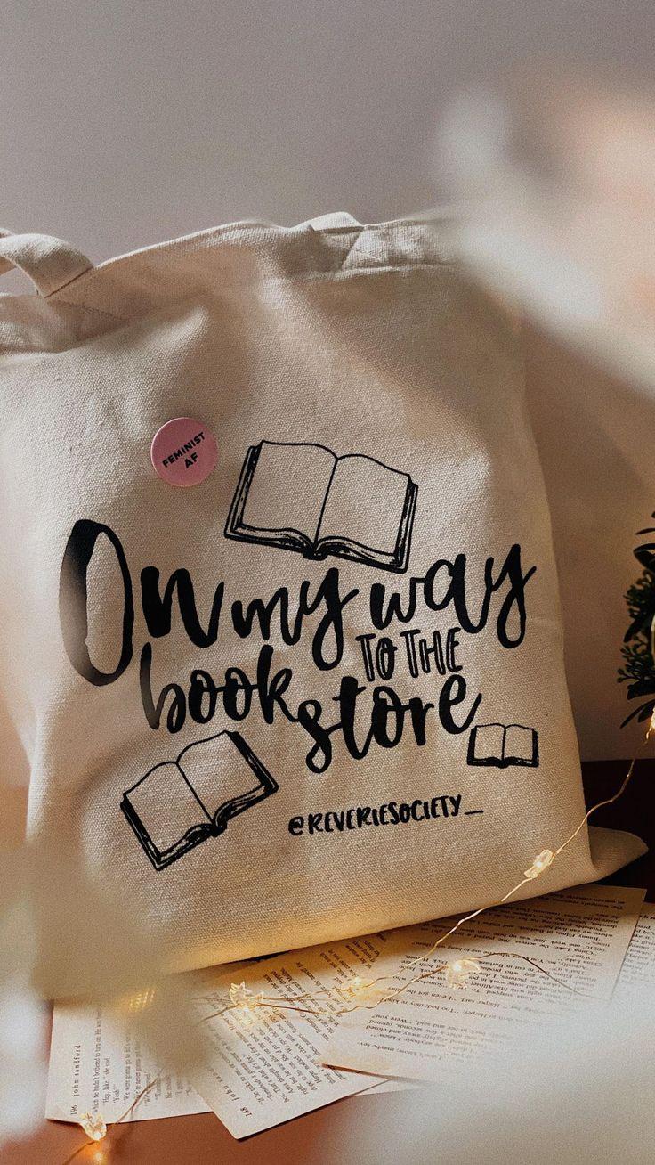reveriesociety_ on Instagram: New bookish tote bags✨ Envíame un DM para hacer tu pedido! . . . #bookreels #booknerdigans #bookishtotebags #totebags #reverietotebags…