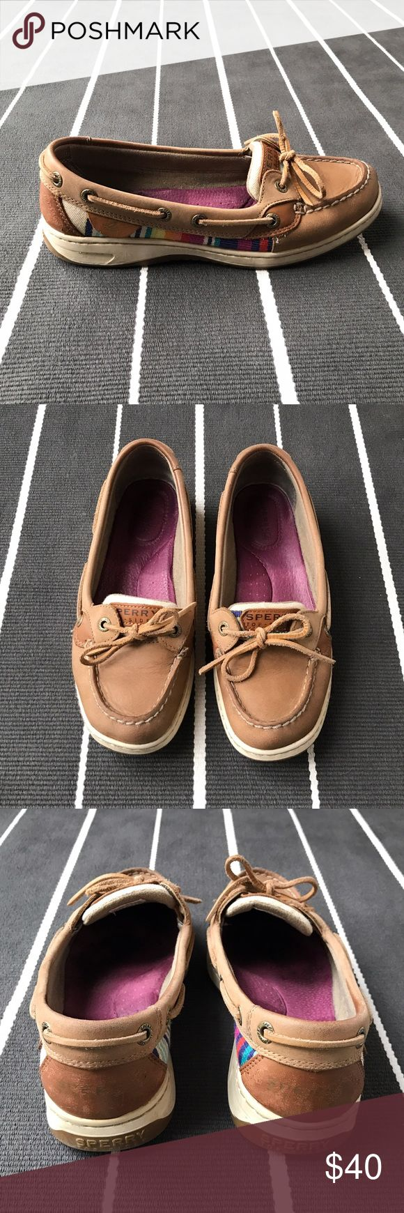Sperry's women's Angelfish boat shoe Lightly worn boat shoe with great accent colors! Comfortable leather insoles. Sperry Top-Sider Shoes Flats & Loafers