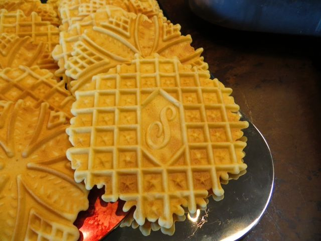 Custom Monogrammed Pizzelle Maker One of our fans contacted us last year because he was searching for a custom monogrammed pizzelle maker. We searched the internet and found that the Palmer Company offered exactly what he was looking for. He ordered the Pizzelle maker as a house warming gift for his sister-in-law and they made …