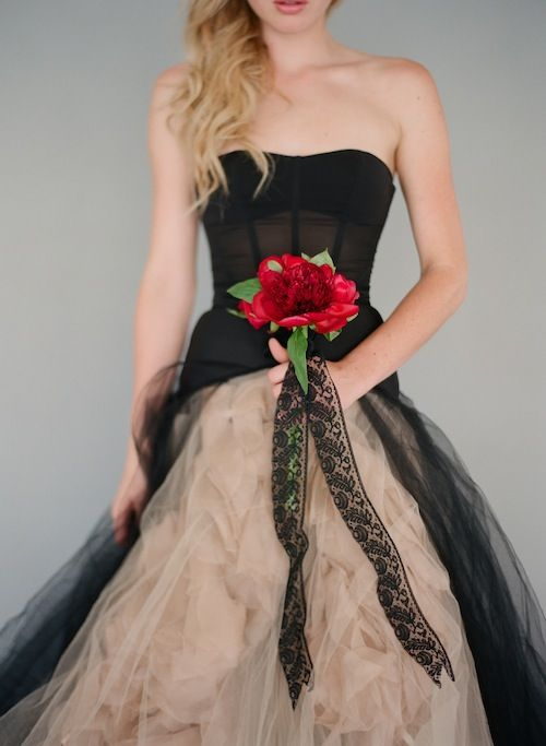 Found Vintage Rentals - dress - style - black & nude - Luvvvvv this. I got to go hunting for a black petticoat!