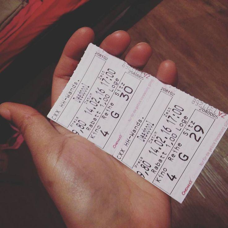 #sunday #valentine #valentineday #romantic #cinemaxx #wandsbek #hamburg #germany #deedpool #movie #Kino #date by jaz_yil