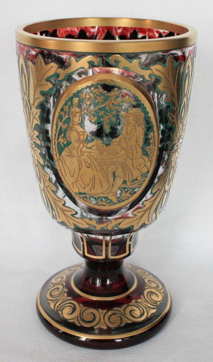 Pokal, Glasbecher, Becher, geschliffen, mit viel Gold, Böhmen