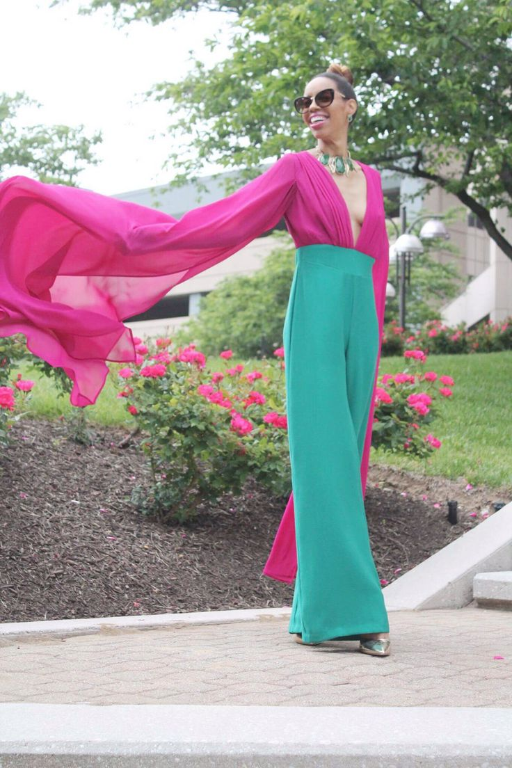 I love these two colors together… and paired on a jumper? Yes, please! Combining bright colors and the Peek-A-Boo spring/summer trends, I knew when I saw her (yes, she has a gender… thi…