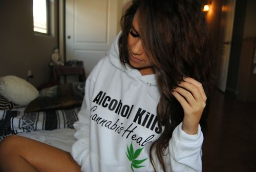Want this sweater!!!!!