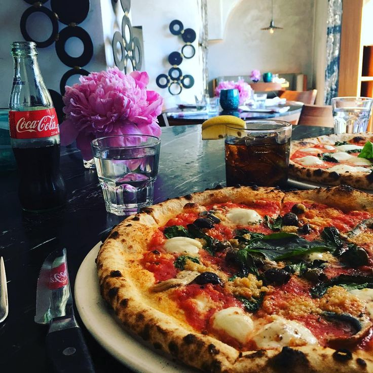 7 Enoteca Restaurant in Oakville, ON.  Photo copyright of Lisa, stylist & blogger (@chicstylefile) • Instagram photos and videos#italian #pizza #pizzeria #rostorante #marinara #cocacola #limone #lemon #instafood #instagood #mozzarella #fiori