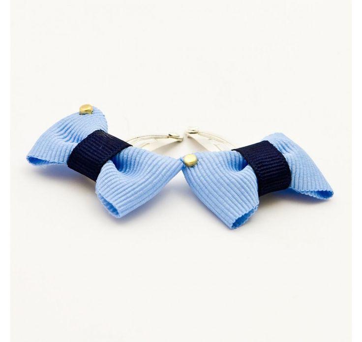 Spinki niebieskie kokardki, sklep: Fabryka Wafelków, Wartość: 29,90 zł, Radość z bycia matką: bezcenne. Powyższy materiał nie stanowi ofery handlowej