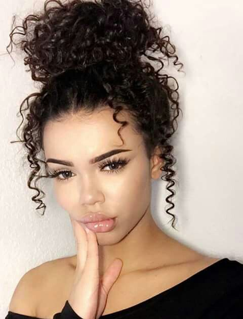 The 25+ best Curly hair buns ideas on Pinterest | Messy curly ...