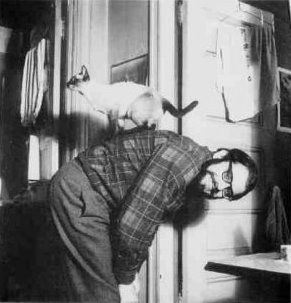 Allen Ginsberg with 'Howl'