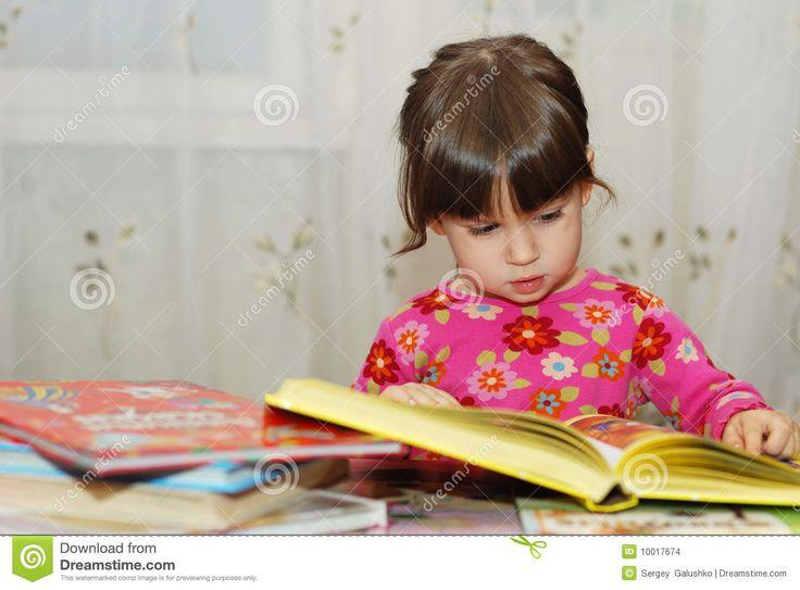 child-reading-book-10017674.jpg (1300×960)