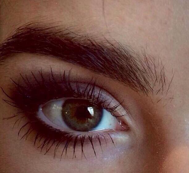 Lily Collins' official Instagram makeup @lilyjcollins