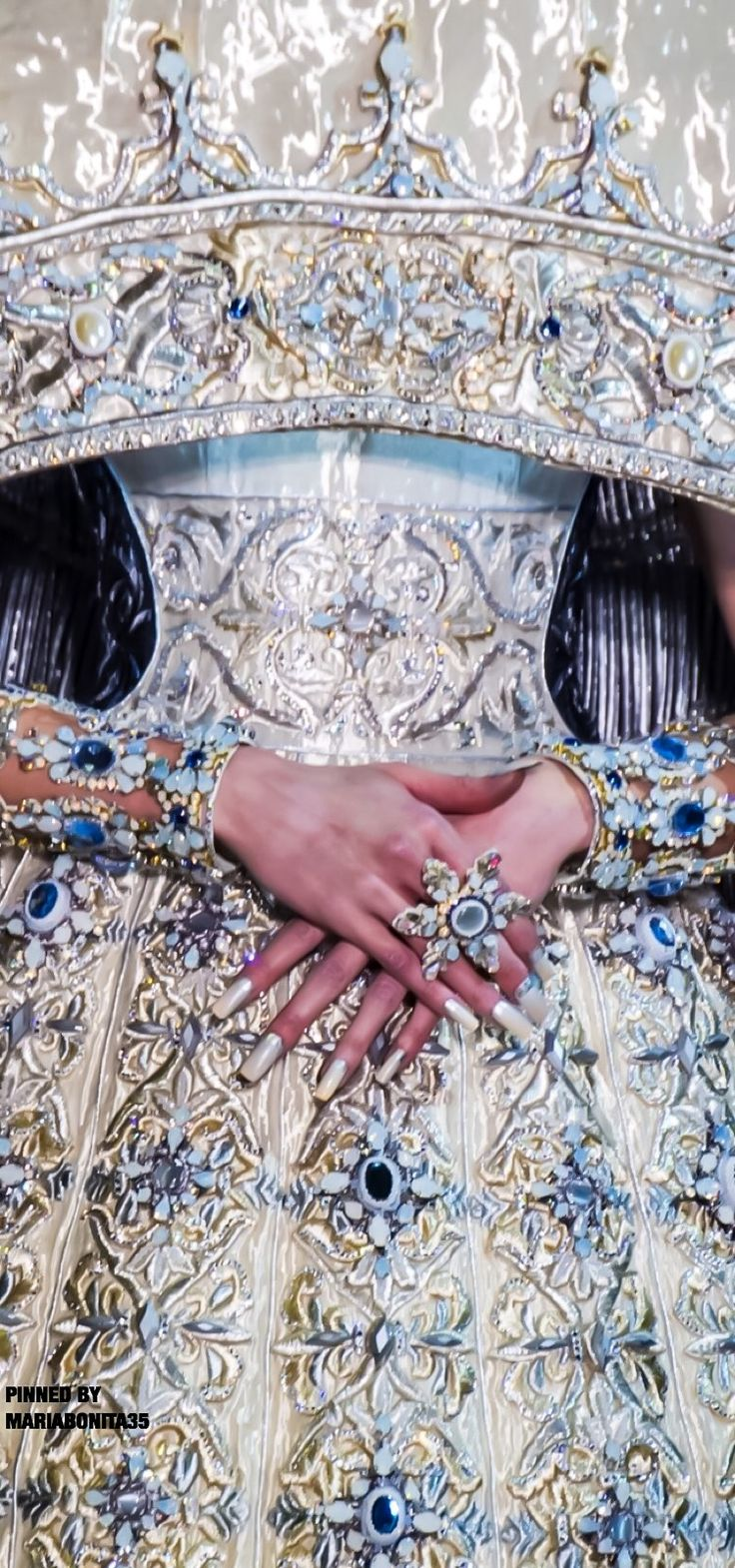 Gou Pei Haute Couture SS17 - Balmain inspiration he would design gowns for his customers and put them in richly embroidered pieces like this modern one.