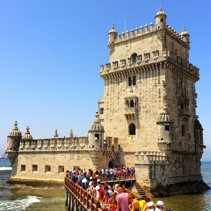 5 Awesome Things To Do in #Lisbon, #Portugal - via Lee Abbamonte 17.07.2015 | Here are 5 awesome things to do in Lisbon that will ensure you have an excellent time! #Lisboa #travel #tips Photo: Belem Tower, Lisbon, Portugal