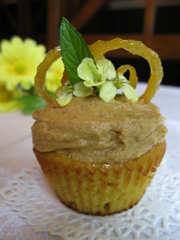 Lemon Cupcakes with Lemon Frosting (Nut-Free)