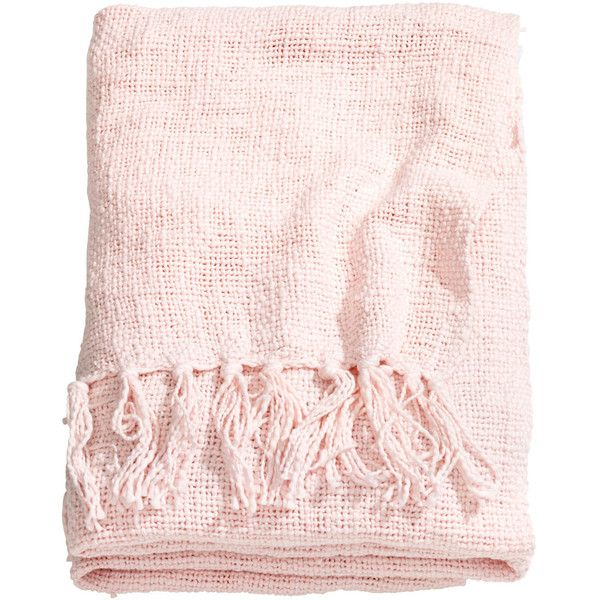 H&M Woven blanket (3.020 RUB) ❤ liked on Polyvore featuring home, bed & bath, bedding, blankets, fillers, accessories, furniture, light pink, cotton bedding and cotton weave blanket