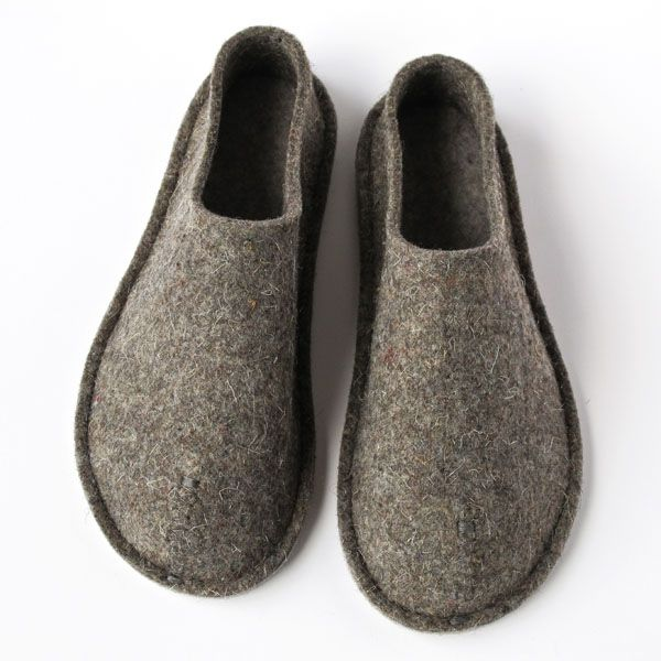 2211dbf7f Top-Felt Slippers | crafty stuff | Felted slippers, Felt shoes, Slippers