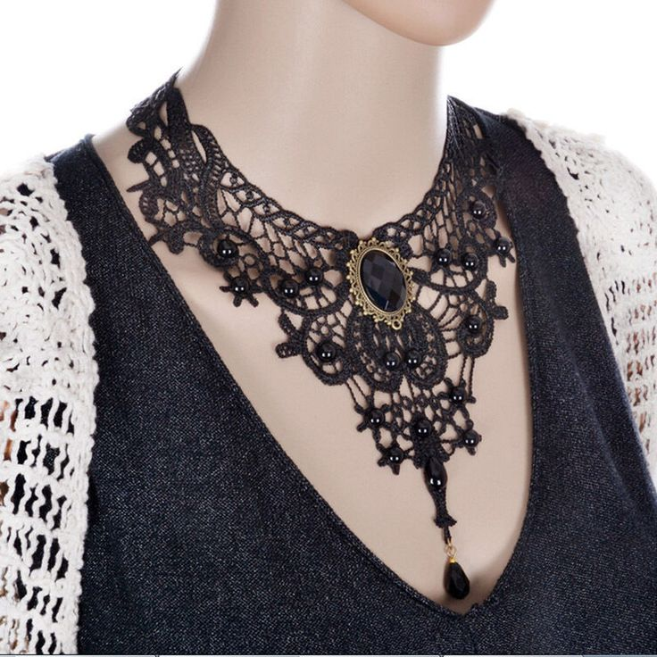 NECKLACE - CHOKER - LACE - VICTORIAN - ETHNIC