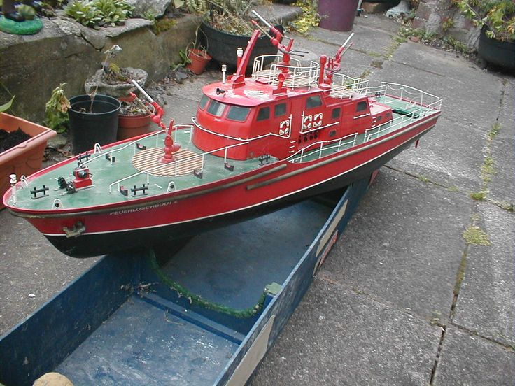 rc model boats | Robbe Dusseldorf Fireboat » P1010019