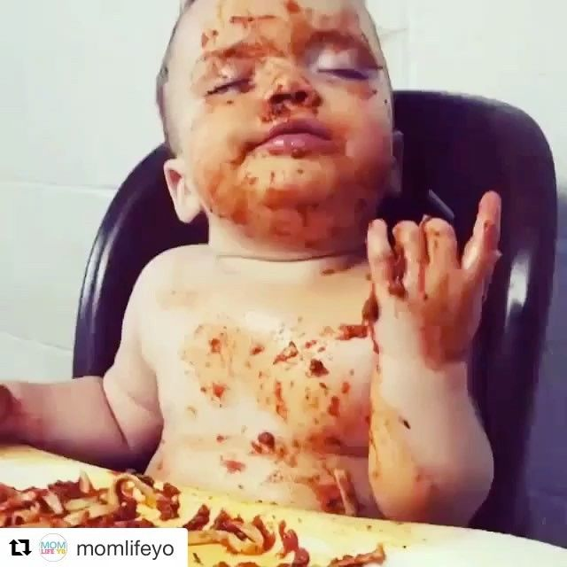 When your diet starts in the morning  #babymemes #bourgiebabies #2017 #happynewyear #cutebabies #funnybabies #adorable #adorablebabies #babyvideos #fitfam #diet #gym #workoutvideos #workout #adorablevideos #funnymemes #memes #weaning #parenthood