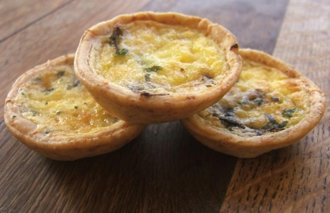 Champignon-notentaartjes met blauwe kaas