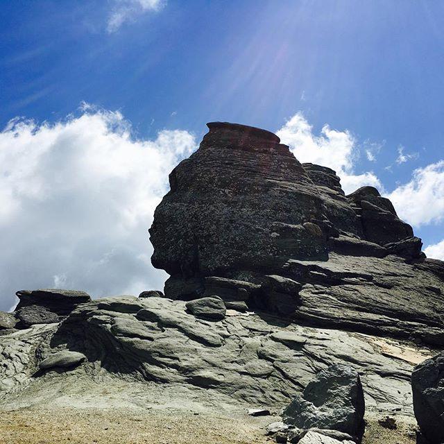 Hidden gem in the Bucegi Mountains #thesfinx #bucegimountainsromania #sfinxromania #traveltheworld #energeticpointoftheworld #meditationtime #zen #romania
