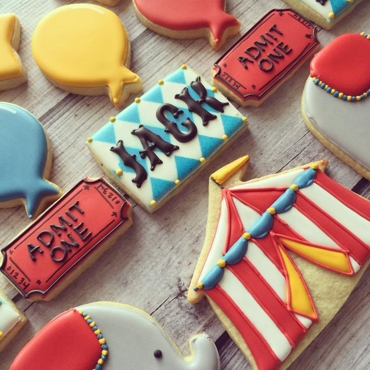 Circus theme 3rd birthday!  #customcookies... - Flying Squirrel Cookies