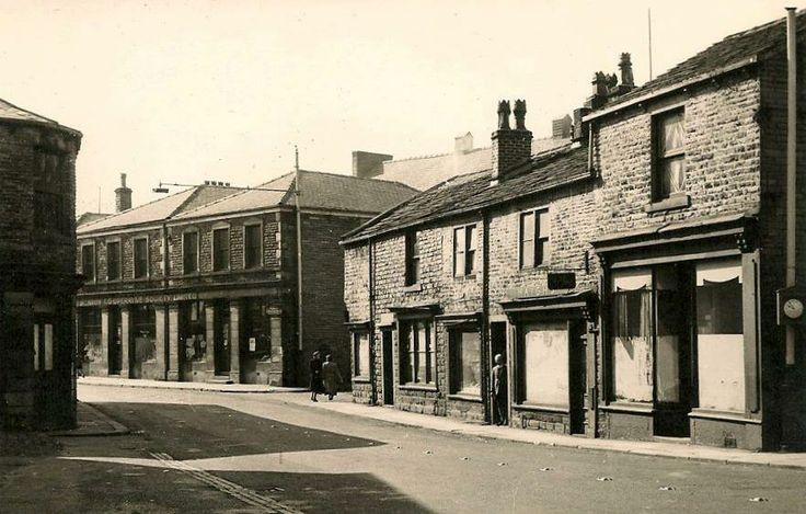 Dale Street, from approximately bottom of Kiln Lane, shows the bigger Co-op, now Carpet Creations.