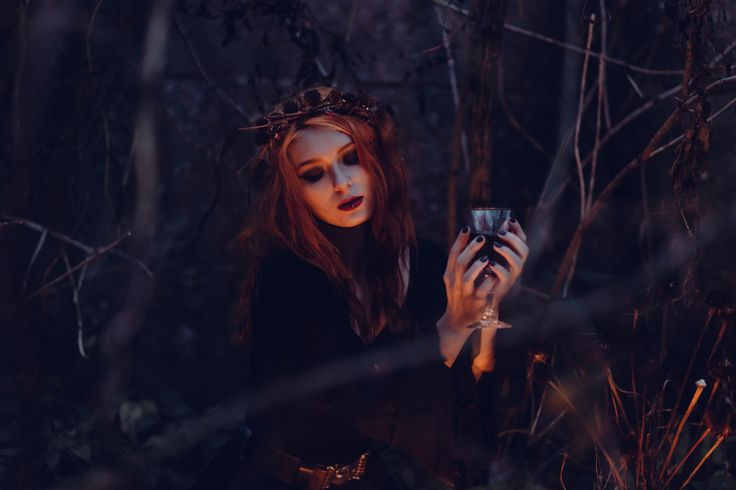 https://flic.kr/p/MARbRR | Witch | Get more free photos on freestocks.org
