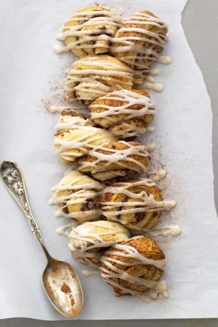 Chai Spiced Cinnamon Roll Pull Apart Bread | girlversusdough.com @ ...