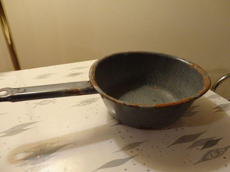 "Vintage Chuck Wagon Cooking Pan (7.5""  pan) & Rustic Ladle (5""width)"