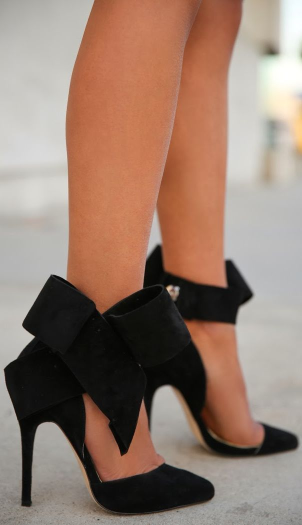 Bow detail black high heel shoes