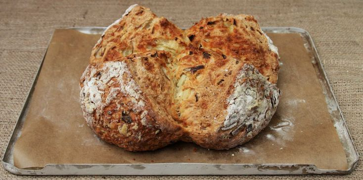 CHEESE AND ONION SODA BREAD is such a quick and delicious bread to make. It requires no kneading or proving and can be on the table in less than 45 minutes! Why not give it a go to celebrate St. Patrick's Day. Lainey x