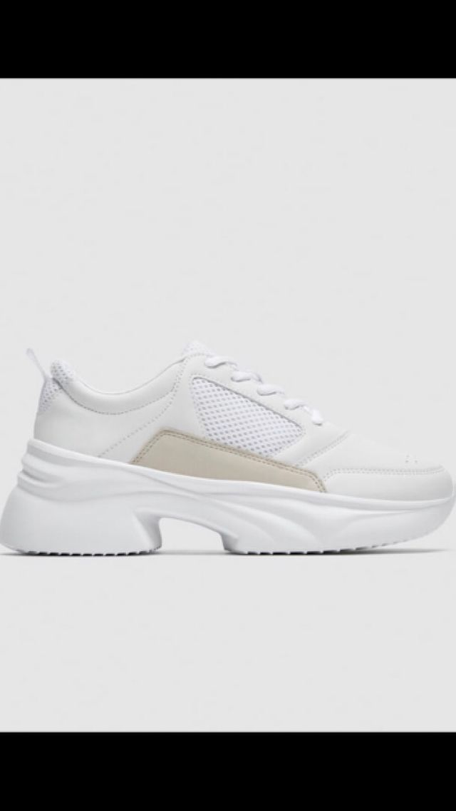 Zara Chunky Sneakers In White And Beige Are The Best Louis Vuitton Doupes I Ve Seen Sneakers Chunky Sneakers Shoes
