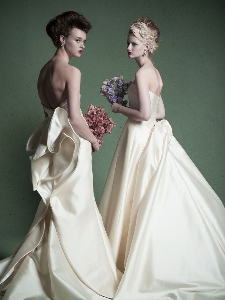 wedding dress ウエディングドレス ANTONIO RIVA  左)03-6643 右)03-6645