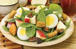 Spinach Salad with Apples and Eggs