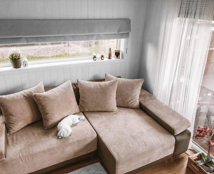 Roleta Rzymska Na Oknie Panoramicznym Nasze Domowe Pielesze Home Decor Sectional Couch Decor