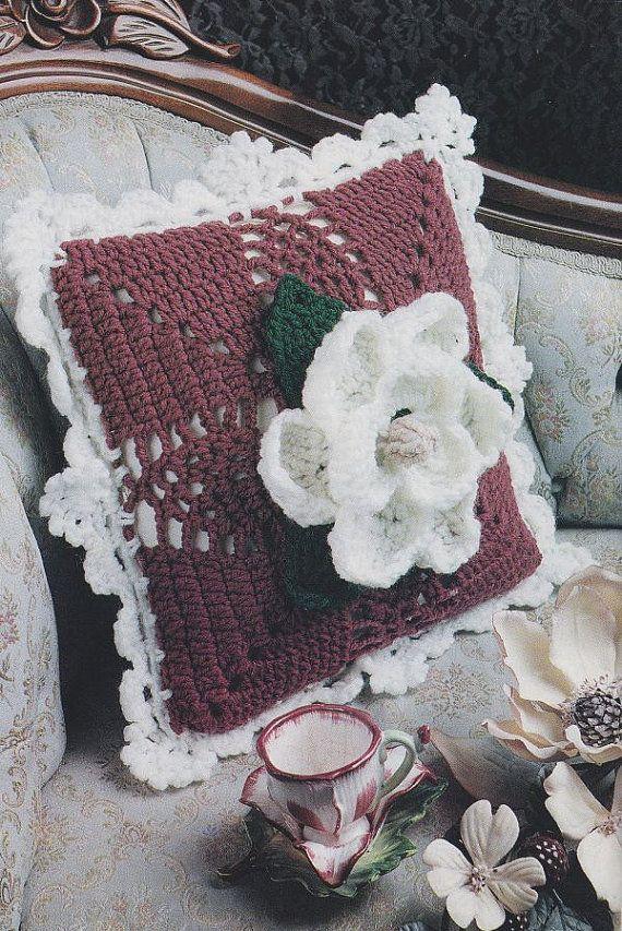 Magolia Pillow Crochet Pattern - Pretty Home Decor