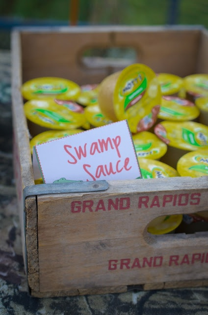 swamp theme food and drinks