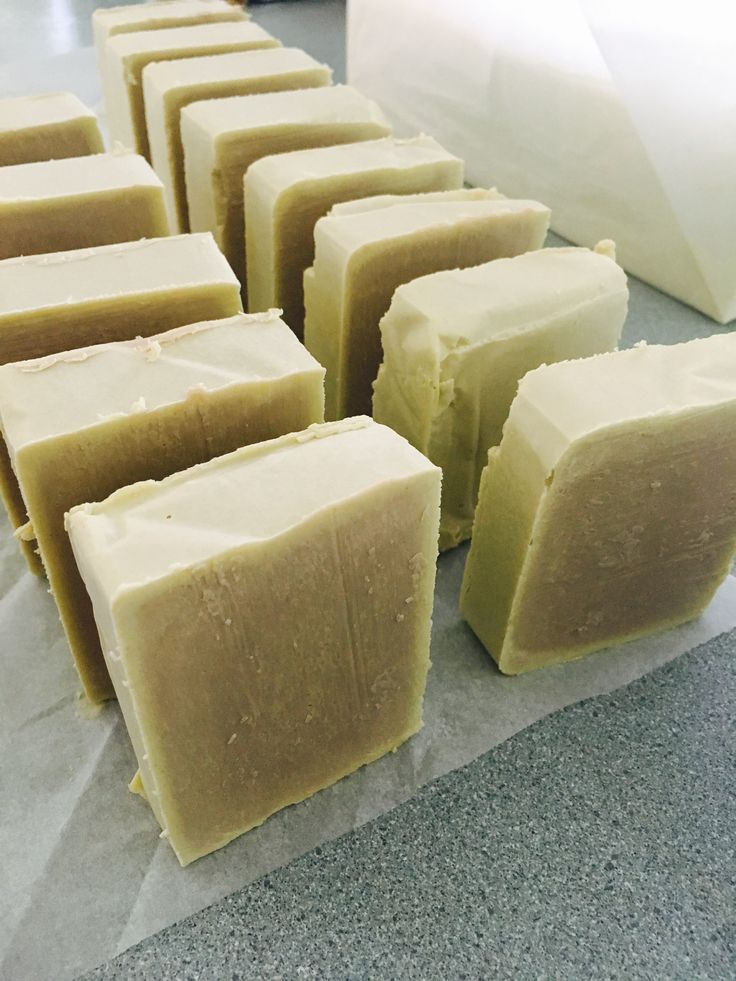 nice window on the olive castile cp soaps